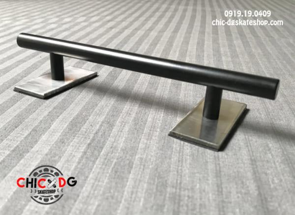 Black Rail for fingerboard